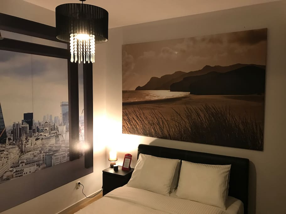 Apartment London bedroom