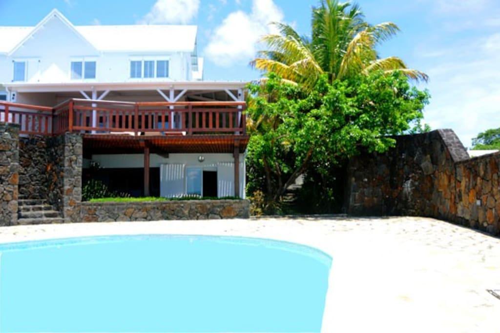 Villa and Appartment de La Baie