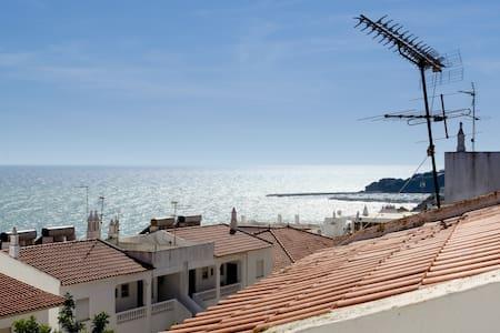 Basic Beach Apartment, Ocean View - Albufeira - Appartamento