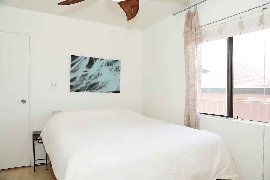 Master BR has a beautiful ocean view & ensuite full bathroom.