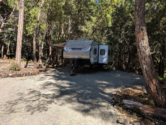 Grants Pass forest camping retreat