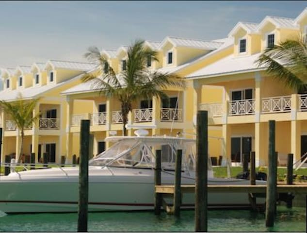 3/3 in Treasure Cay Abaco Bahamas