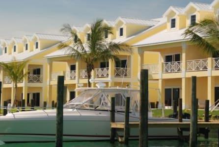 3/3 in Treasure Cay Abaco Bahamas - Central Abaco - Pis