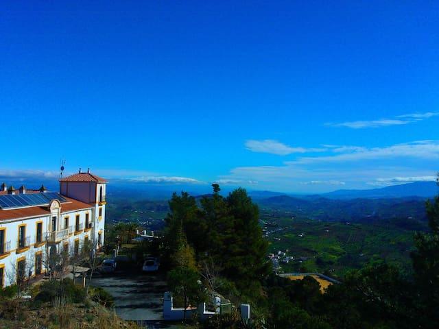Hotel Cerro de Hijar - Tolox