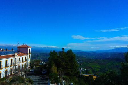 Hotel Cerro de Hijar - Tolox - Oda + Kahvaltı