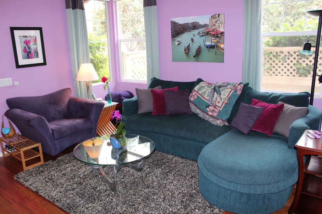 Living Room: On the 1st Floor, comfortably seats 4