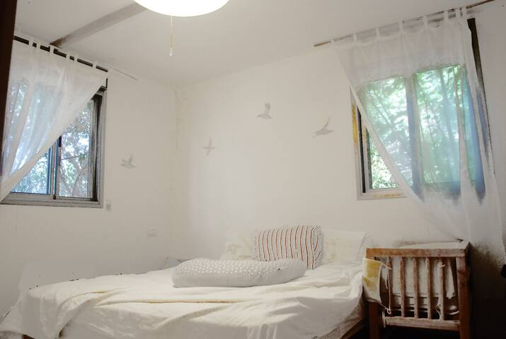 Lovely house in a quite vilage only 20min from TLV