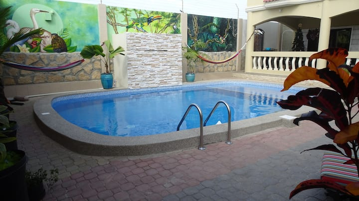 A true Oasis! Private room/bath in bnb/ hotel (8)