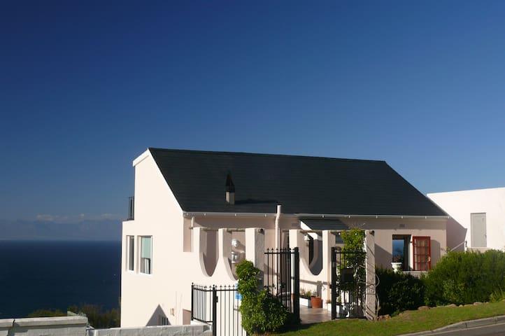 The Cape Cottage Simon's Town