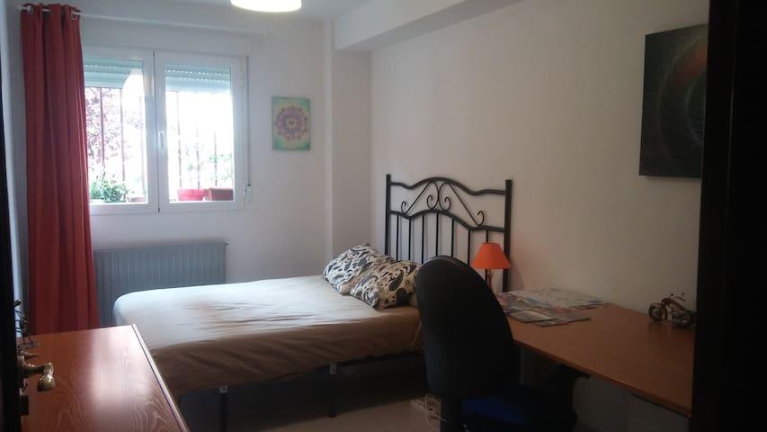 Double room in Valdeacederas