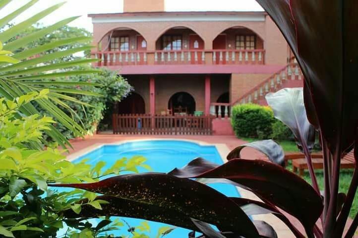 Residencial con exelente ubicación - Puerto Iguazú - Byt