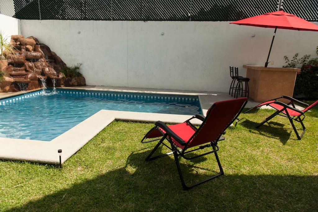 Alberca privada de Casa Los Gallos.