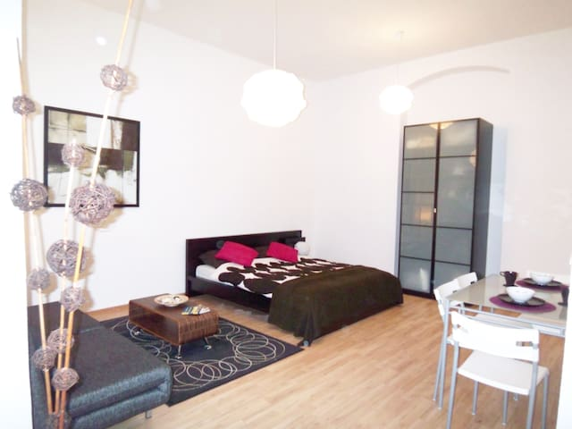 Studio in Prenzlauer Berg near popular Mauerpark