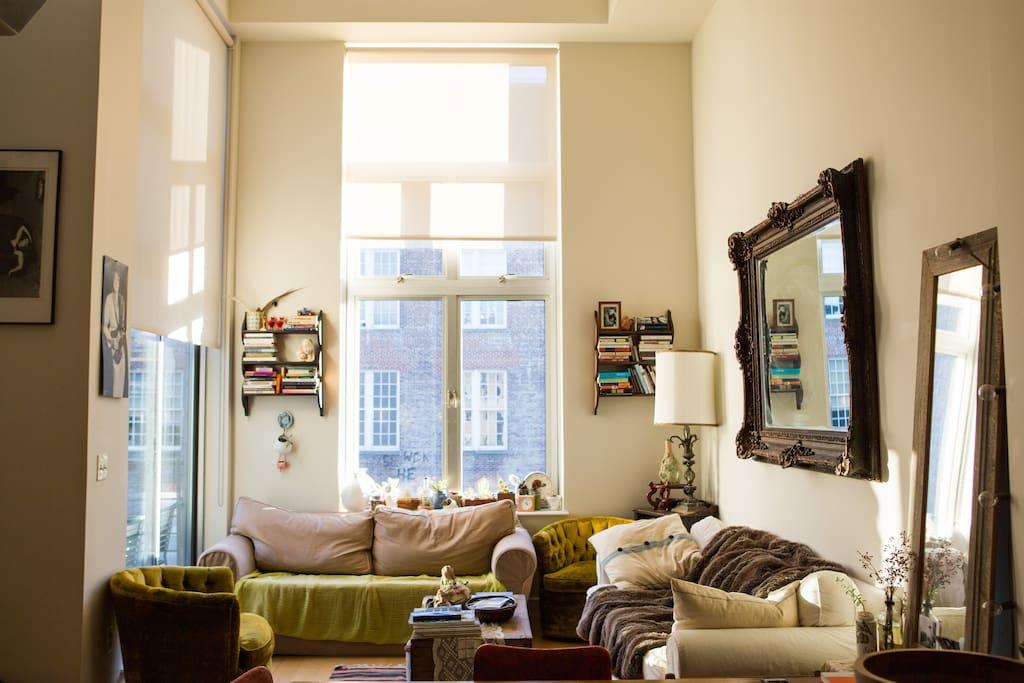 Williamsburg Loft Sunshine City Apartments For Rent