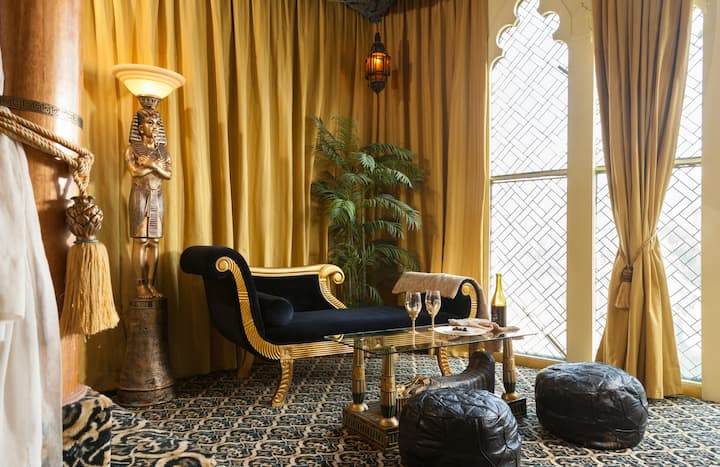 Egyptian Suite at the Victorian Mansion Bed and Breakfast