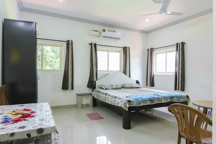 cosy/spacious room without balcony(VC03)