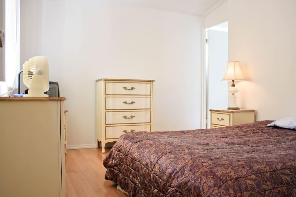 Room For Rent In Cerritos Ca