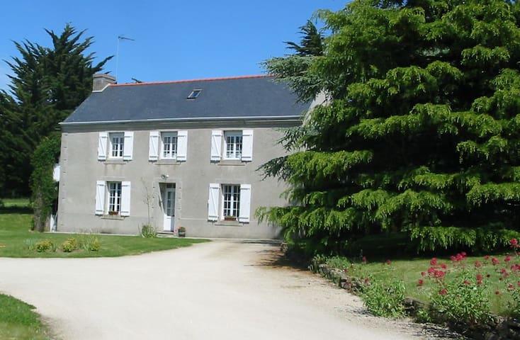 Agréable Maison Finistère Sud  - Moëlan-sur-Mer - House