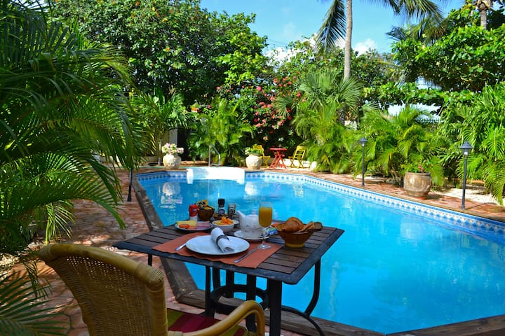 Room 5 Wonders Boutique Hotel Aruba