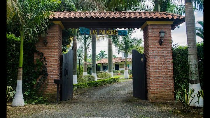 Finca Las Palmeras en Cerritos-Pereira