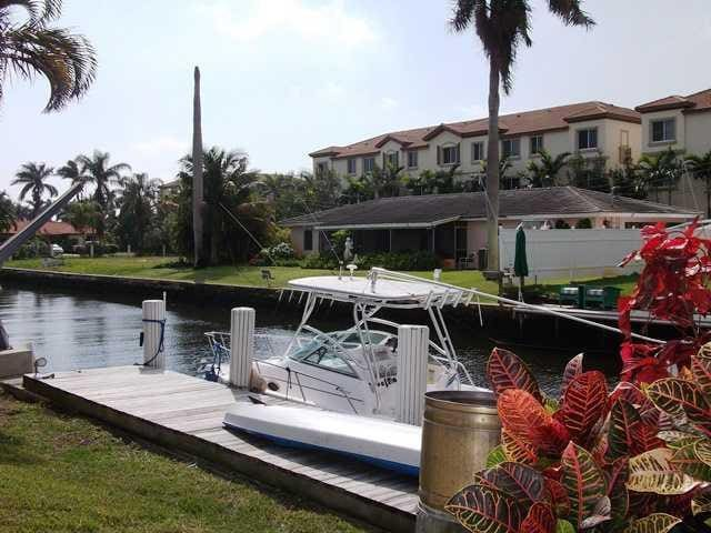 Spacious 2 br Waterfront- Boat Dock - Delray Beach - House