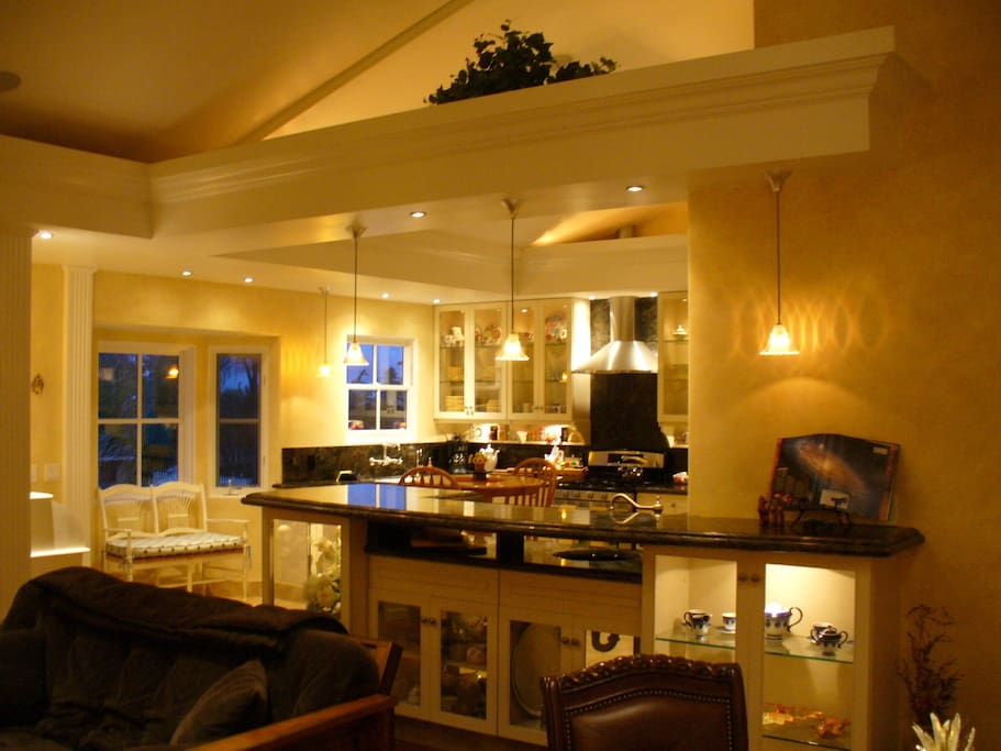 View of kitchen and 10 ft granite wet bar for your vacationing pleasure