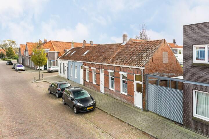 Gezellige stadswoning 4p.dichtbij Stad Middelburg