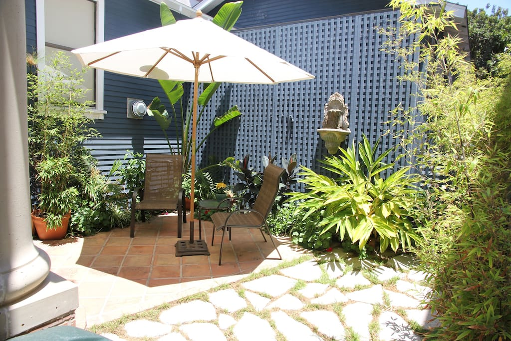 your own private garden patio