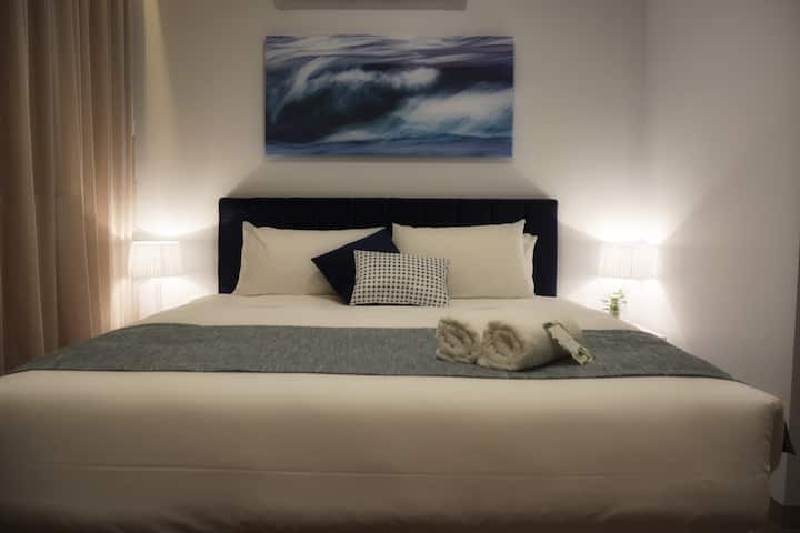 Bay of Fires Apartments - Suite 001 & 002