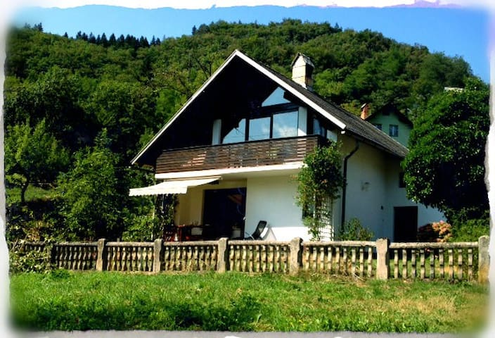 Holiday home rental House Bela - Bohinjska Bela - Casa