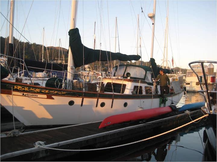 Beautiful 51' Sailboat