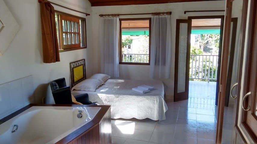 Comfortable Flat - 350 meters from First Beach