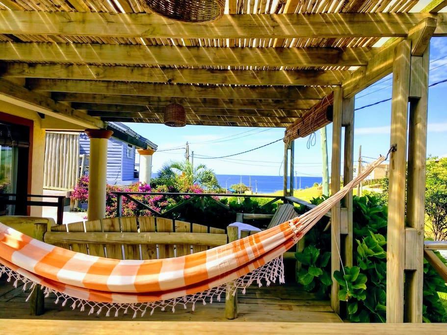 Casa frente al mar con piscina climatizada casas en for Paradores con piscina climatizada