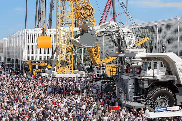 Gallery: Munich Fair (Bauma) / Messe München (Bauma) (c) und Freigabe durch Messe München GmbH