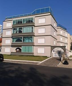 Tramandai- Apartamento a beira Mar. - Tramandaí - Apartamento