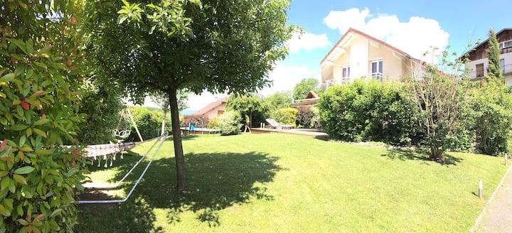 Maison 130 m2  -4P avec piscine à 15 min d Annecy