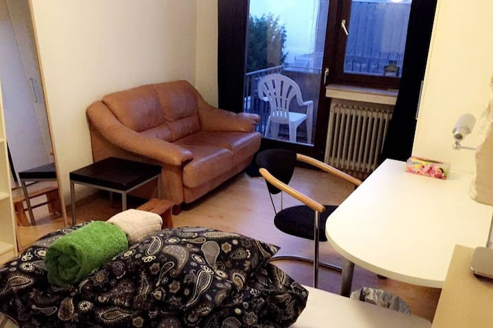 Centrally located flat in Aachen (near university)