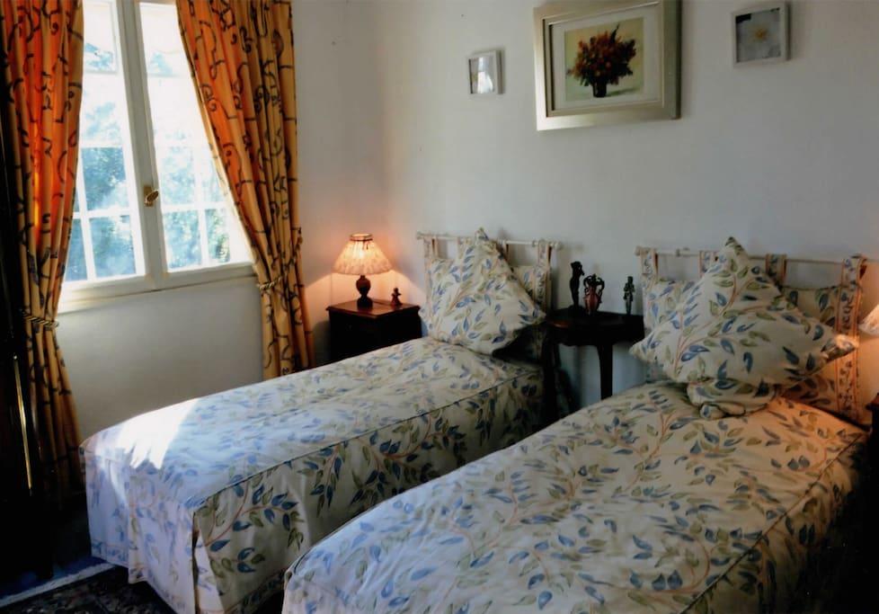 chambre n° 1 -  deux lits