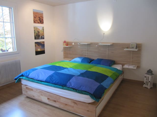 Cosy Room - Niederstocken - บ้าน