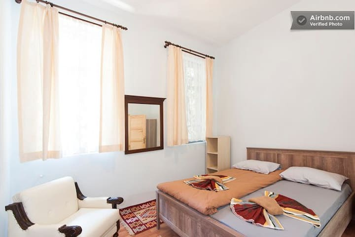 Cozy room with private bathroom - Istanbul - Appartement