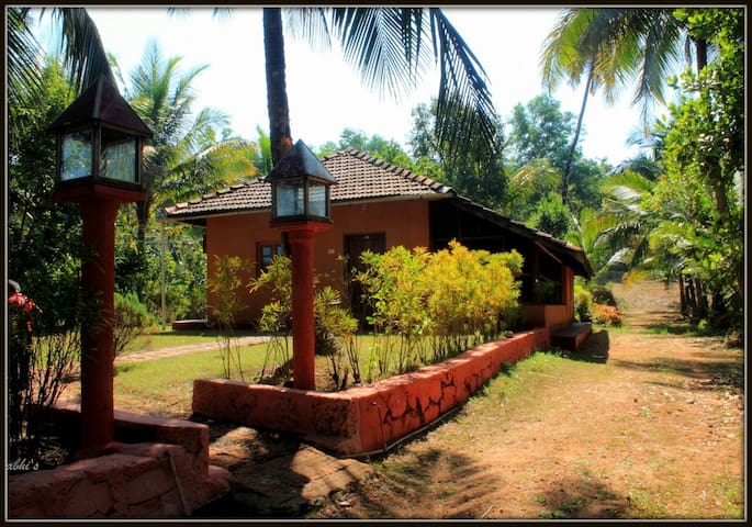 NANDAN FARM HOME STAY...