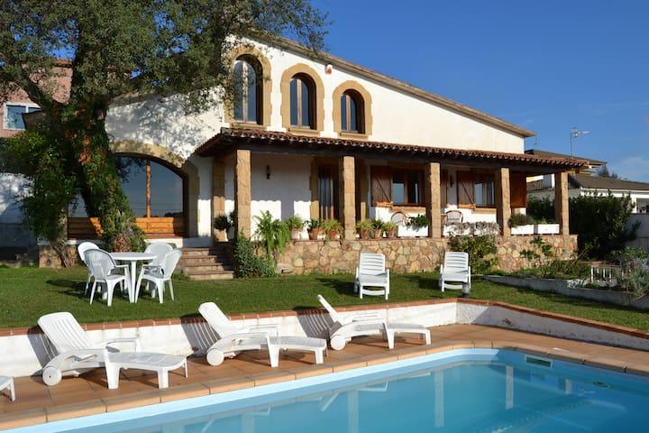 Costa Brava-Tordera - Urbanizació el Mas Reixac - House