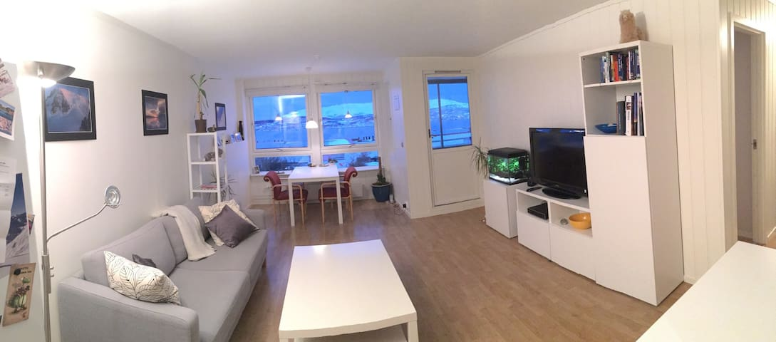 Appartment (50m2) with sea view - Tromsø - Apartament