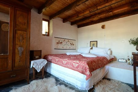 Historic cretan mansion'Kruonerida' - Vafes - Casa