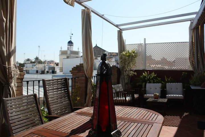 Ático-loft con terraza de 25 metros