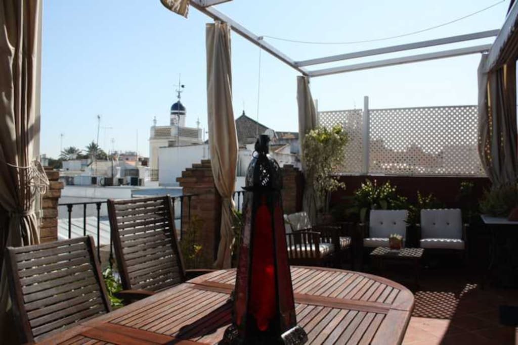Tico loft con terraza de 25 metros lofts for rent in for Sofa arcon terraza