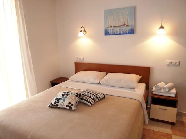 Nice Apartment in Cavtat  - Цавтат - Квартира