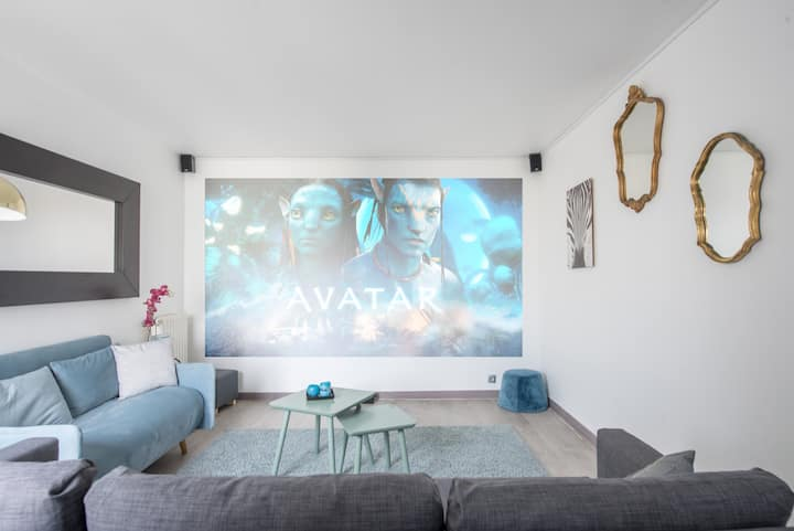 | Home Theater Apartment | DISNEYLAND Paris |