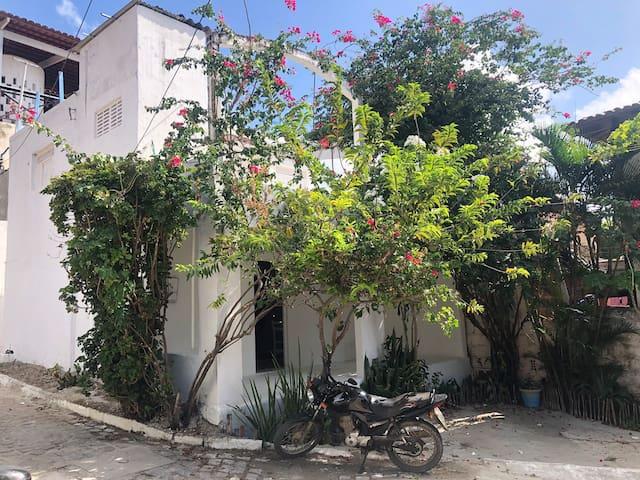 Casa Santorini — No coração de Pipa