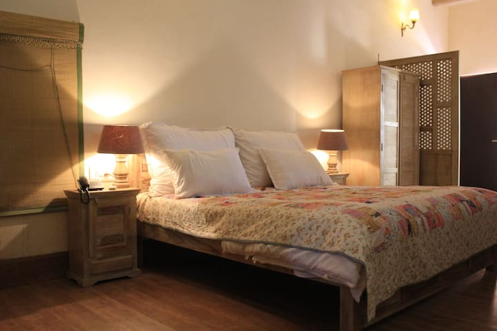 "Your ""QUITE"" stay with nature in Jaisalmer!"